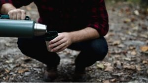 Thermos Pouring